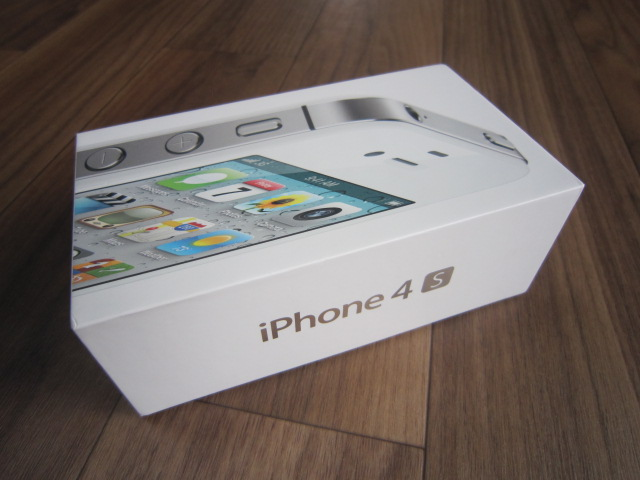 iPhone4S購入、開封レビュー